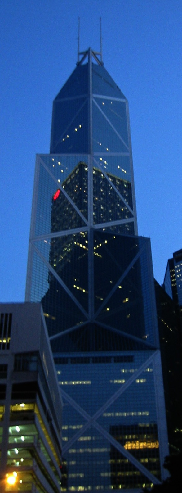Bank of China at Night - Photo courtesy of Filzstift at Wikimedia Commons