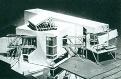 Gehry's Postmodern Deconstructivist Familian house