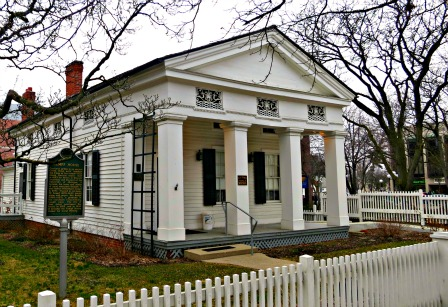 Greek revival architecture in america for One story greek revival house plans
