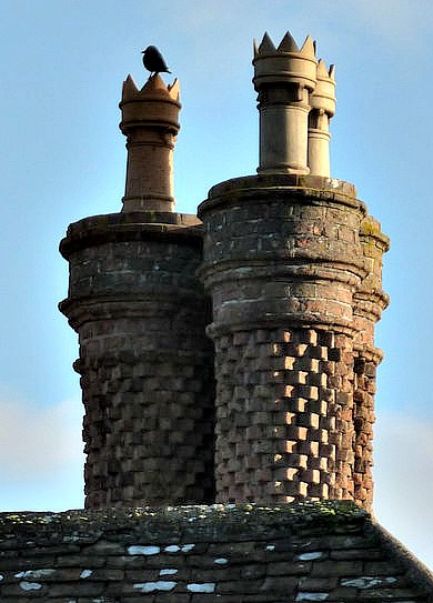 Peter Barr contributed this to Wikimedia.  Its nice to know that I am not the only person to get excited over chimneys