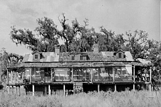 This abandoned Tidewater Plantation was elevated to avoid high-water during hurricanes