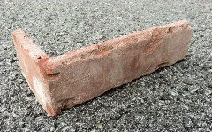 corner brick tile