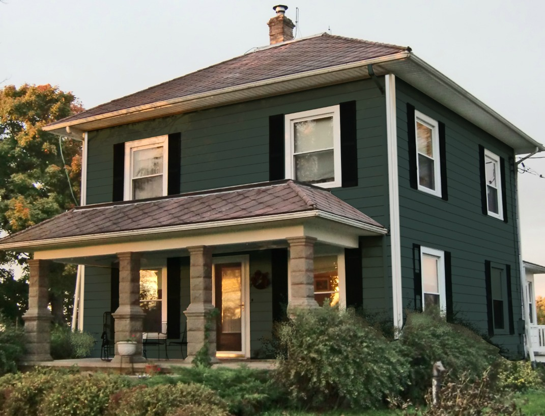 How I Chose My Exterior House Colors And Went From Plain