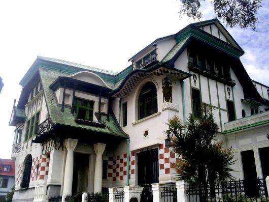 Palacio Barburizza Arnaldo Barbison and Renato Schiavon in the Art Nouveau style