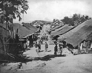 Indian Village in 1892 showing bungalow houses - courtesy of mochoavi at http://archiduct.blogspot.com/2010/05/from-india-to-america-bungalow.html