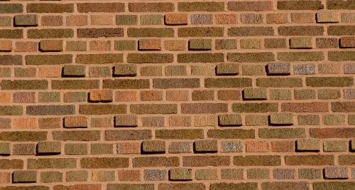 Brick diaper pattern formed by raised bricks