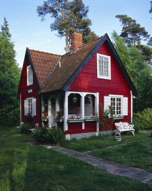 Deep Red Home