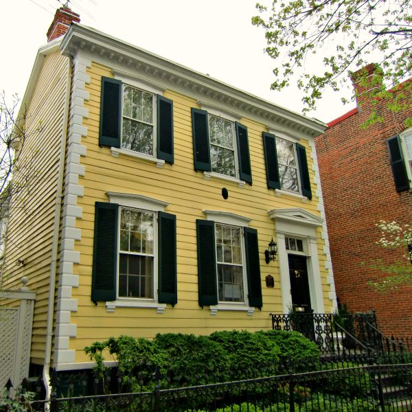 A yellow Federalist home