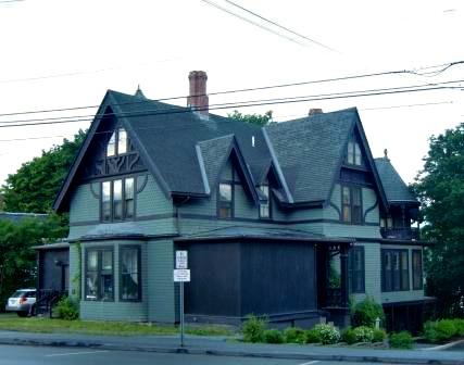 A green Tudor in Bangor