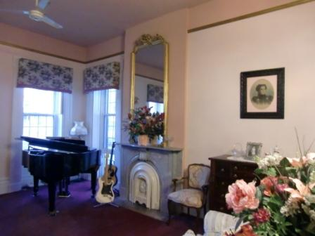 greek revival architecture, interior, munro house bed and breakfast