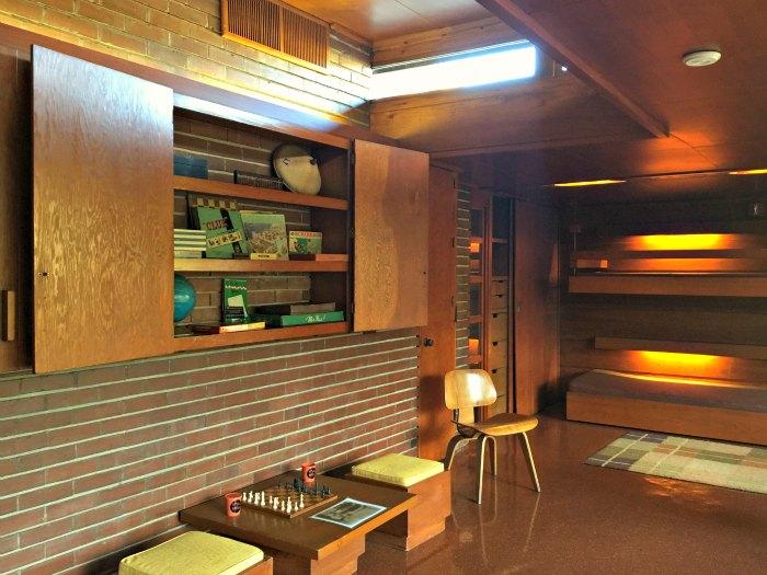 The boys' bunk room in the Rosenbaum House - A Frank Lloyd Wright Usonian House