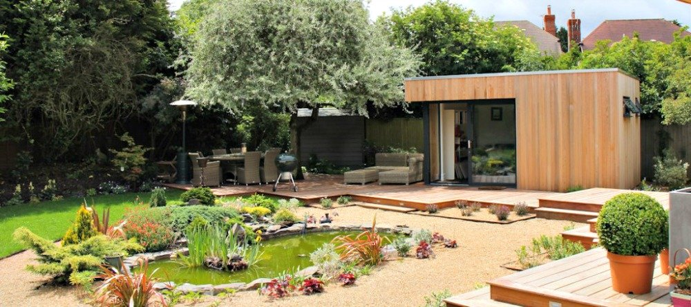 Here a garden building becomes a studio without the distractions of the home.
