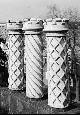 More crenulated chimneys - James Bishop House - courtesy Library of Congress