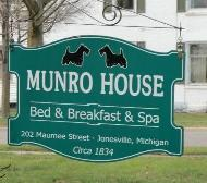 munro house bed and breakfast - Greek Revival Architecture