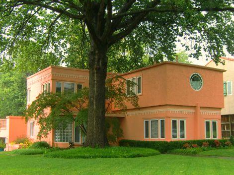 A salmon colored house in Tulsa