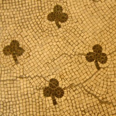 shamrock mosaic tile pattern - bathroom tile design ideas